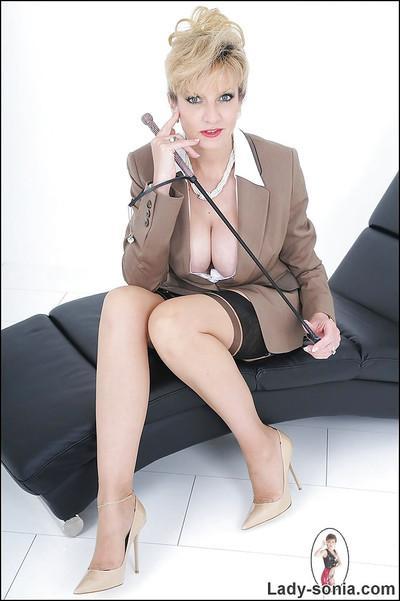 Sexy secretary Lady Sonia looks wonderful in her hot outfit
