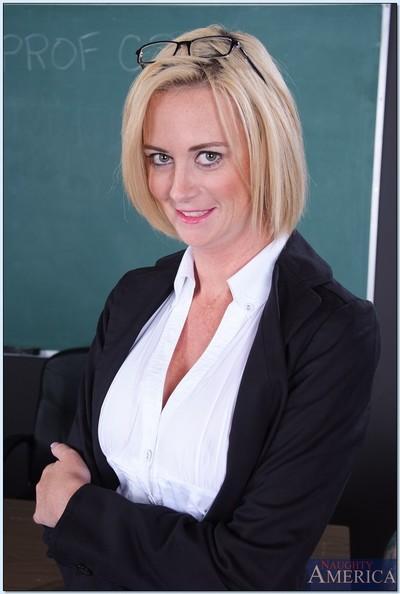 Mature teacher Camryn Cross denudes huge natural tits and masturbating