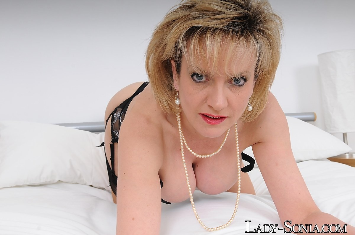 Perfect busty milf sonia in her black lingerie and stockings