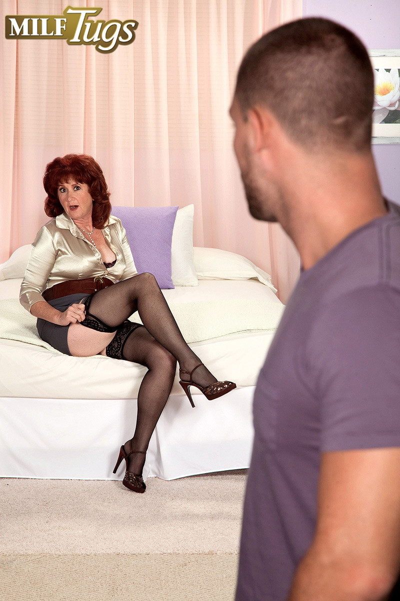 Busty mature milf shirley lily playing with cock