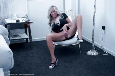 Top heavy model Sandra Otterson sets her big all natural tits loose