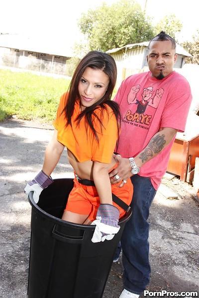 Asian MILF babe Jayna Oso has interracial sex ending up with bukkake