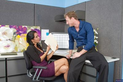 Milf secretary Isis Love fucks with her new boss and swallowing