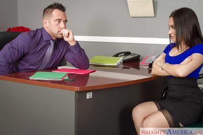 Office milf Gabriella Paltrova swallows sperm after giving blowjob