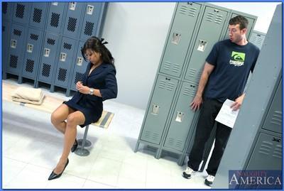 Asian MILF Max Makita gets her hairy twat fucked in the locker room