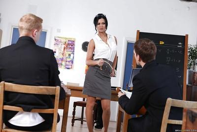 Lustful teacher Jasmine Jae gets shagged by her naughty student