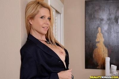 Wonderful milf Desi Dalton gets dirty and plays with big boobs