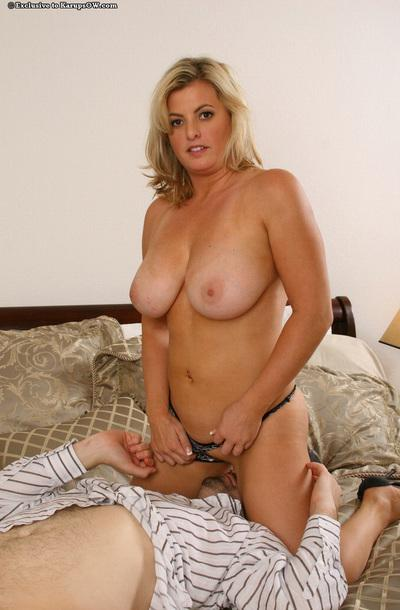 Refreshing milf with big tits Kala loves having tender banging