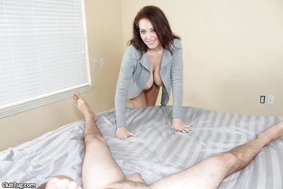 Sweet milf plays a wonderful role in gonzo film and sucks a cock