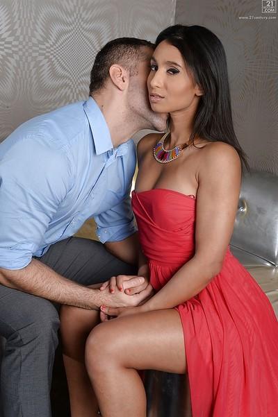 Hot brunette in high-heels Ria Rodrigez is grateful for cum in mouth