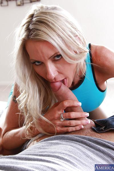 Blonde cougar milf gets hardcore fucked in her pussy and mouth