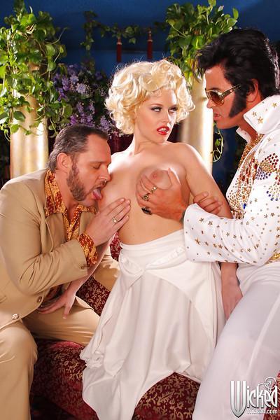 Versatile pornstar milf Codi Carmichael plays with two big schlongs