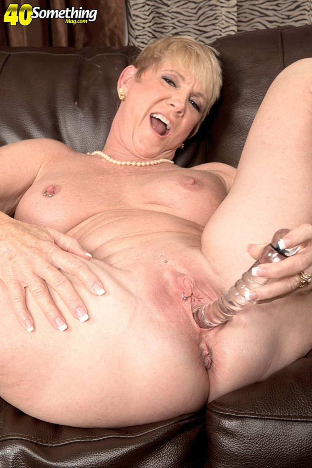 Milf Was Doing Her Pussy