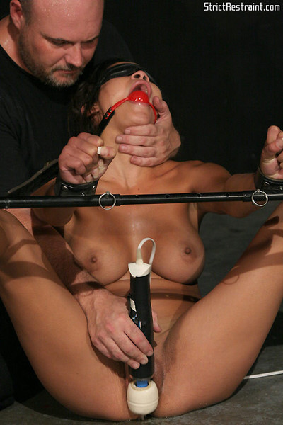 Stunning daisy marie fond of to be tied and made to cum
