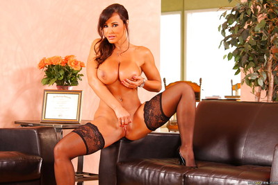 Hotty milf Lisa Ann in  shows big love melons and masturbating