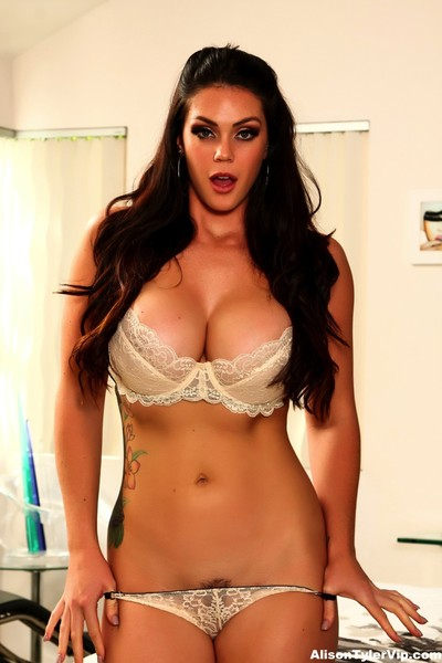 Amazing tough fuck with alison tyler and a hung spanish stud
