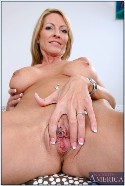 Mrs starr stripping and spreading her legs