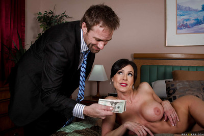 Amiable milf with big tits Kendra Lust likes hardcore ass-fucking