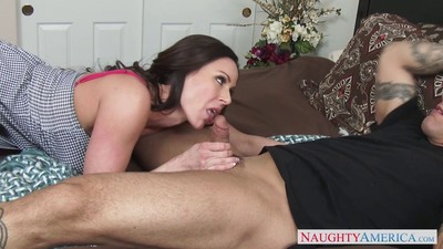 Curvy and every knob passionate milf kendra lust at put into