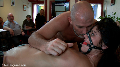 Mark takes a bondage new user to the local kinky cafe for a lesson!