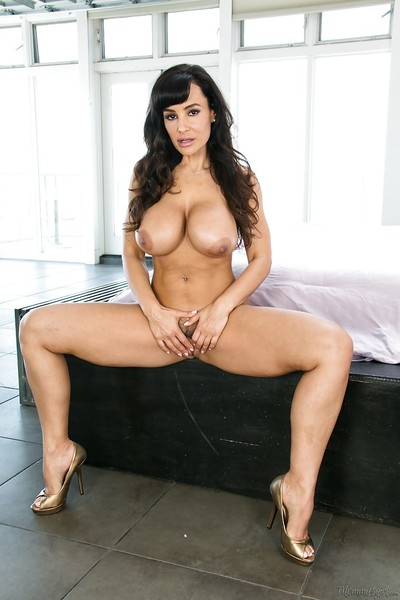 Mammoth scones and a hairy gentile look worthwhile on calm bombshell Lisa Ann