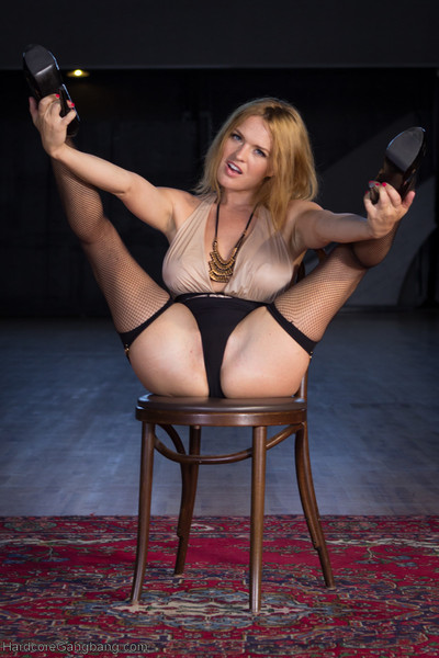 Krissy lynn gives in t her just about all bodily desires and gets dual penetrated, intense