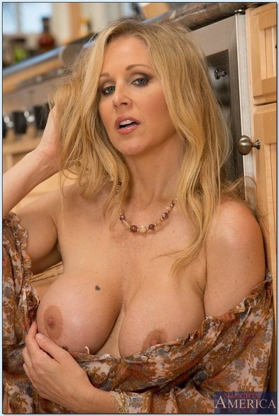 Blonde milf julia ann rides on a dong in fuck acts