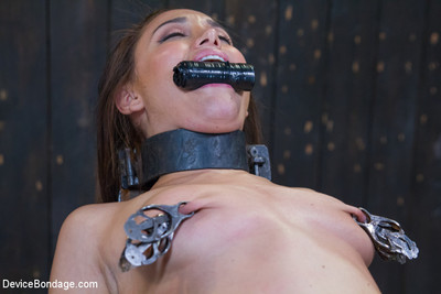 Strict chains, tight leather straps, with anguish orgasms!