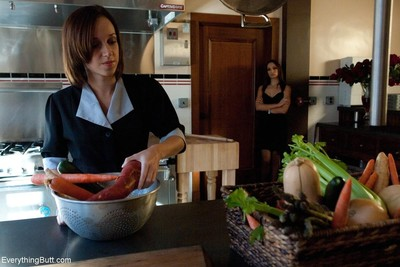 Amber rayne hints the kitchen employee, jada stevens, a chance to move up worki