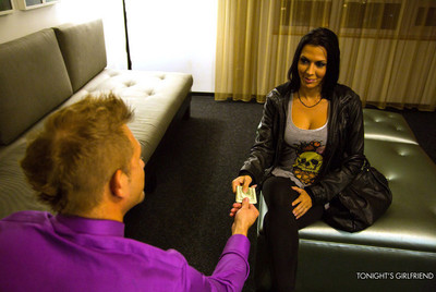 Gorgeous rachel starr meets a client in his room and changes for sweaty banging with hi