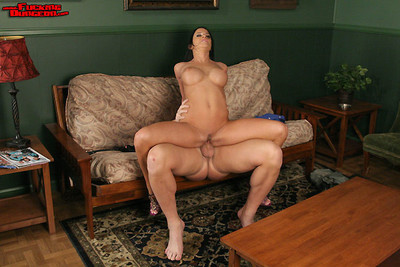 Massive tits savannah stern bound and fucked