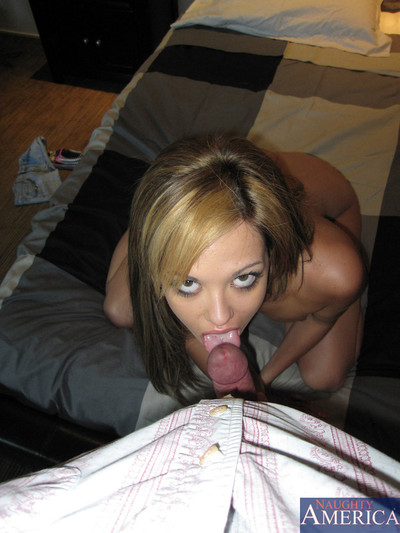 Insignificant packaged latin hottie benefits from her coochy serviced