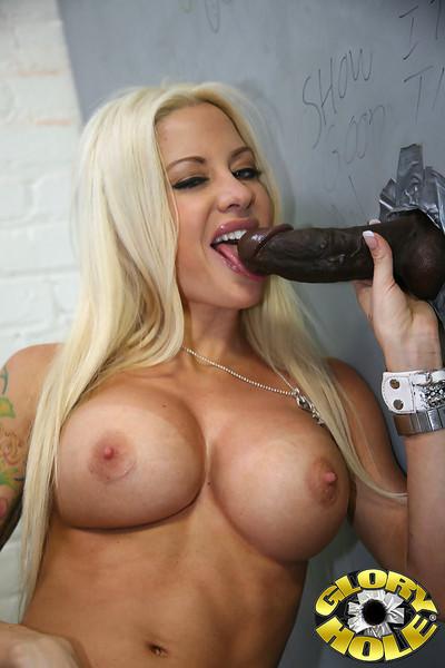 Busty blonde helly mae goes ebon at a gloryhole