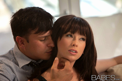 Zoey nixon enjoys make-up copulation with her gentleman later on an argument