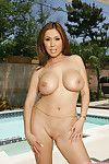 Kianna dior strips naked on the poolside