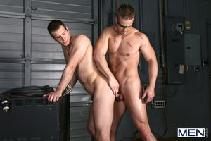 First Families of Virginia Liam Magnuson is The Arrow in this uncaring porn strip show featuring cock doting power bottom Spencer Fox.