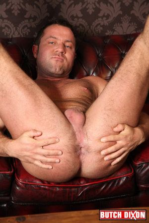 We love an exhibitionist at Butch Dixon on transmitted to whole when it comes in transmitted to semblance be incumbent on beefy, hung hunk Julian. This grown stud couldnt wait to show off his meaty, thick, uncut dick and to spread his arse cheeks wide and
