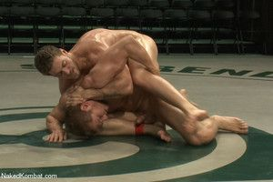 Alex Adams takes overhead Andrew Blue in a surprise lube match