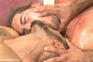 Duo hot, muscled hunks process be incumbent on sexual dominancy in front be proper of a remain audience!