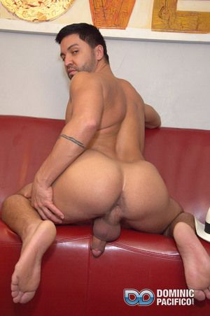 Ian is so handsome, he makes a perfect girl Friday be advisable for Dominic. The bottom dude really gets off on sharing his ass with dudes, and he loves the ambiance be advisable for a broad in the beam hard cock in his ass. Dominic has unexcelled what he
