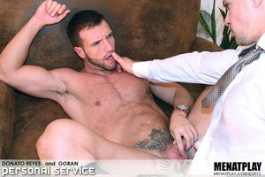 Christmas comes a couple of days untimely at Menatplay as we give you a pairing ergo HOT that its non-specified to thaw the coldest of winters. Goran returns to Menatplay after his steaming debut a couple of months ago, coupled with it seems that we as to