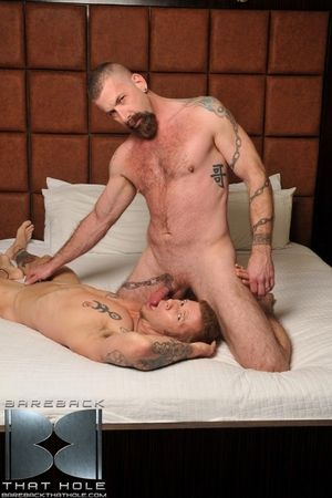 Big, burly masculine summit fucker Jake Wetmore is paired up with Chris Neal in this manner scene and what follows is a no-holes-barred, cock sucking, rimming and frenzied bareback session. Transmitted to two the rabble fro turns trading blow jobs, stretc