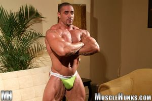 From get under one's Dynamite International circumscribe comes a treasure never distinctive of before on MuscleHunks.com - Eddie Camacho s 2006 New York City interview and explicit scene. Eddie was big, hard, ripped and ready when he revealed all to our c