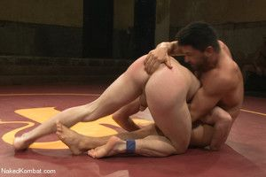 Dominic Pacifico fights for sexual snag a grasp at against Doug Acre