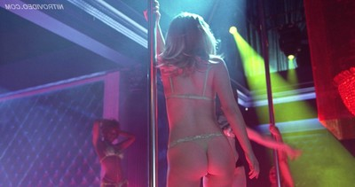 Natalie portman knows how to do a erotic dancing