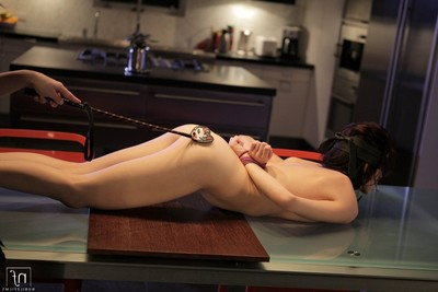 Elle alexandra thongs down aiden ashley and then dominates her