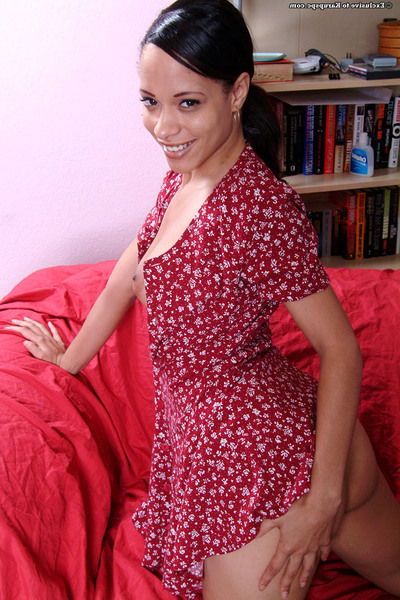 Undressing and jerking off act from young teen gal Nautica Binks