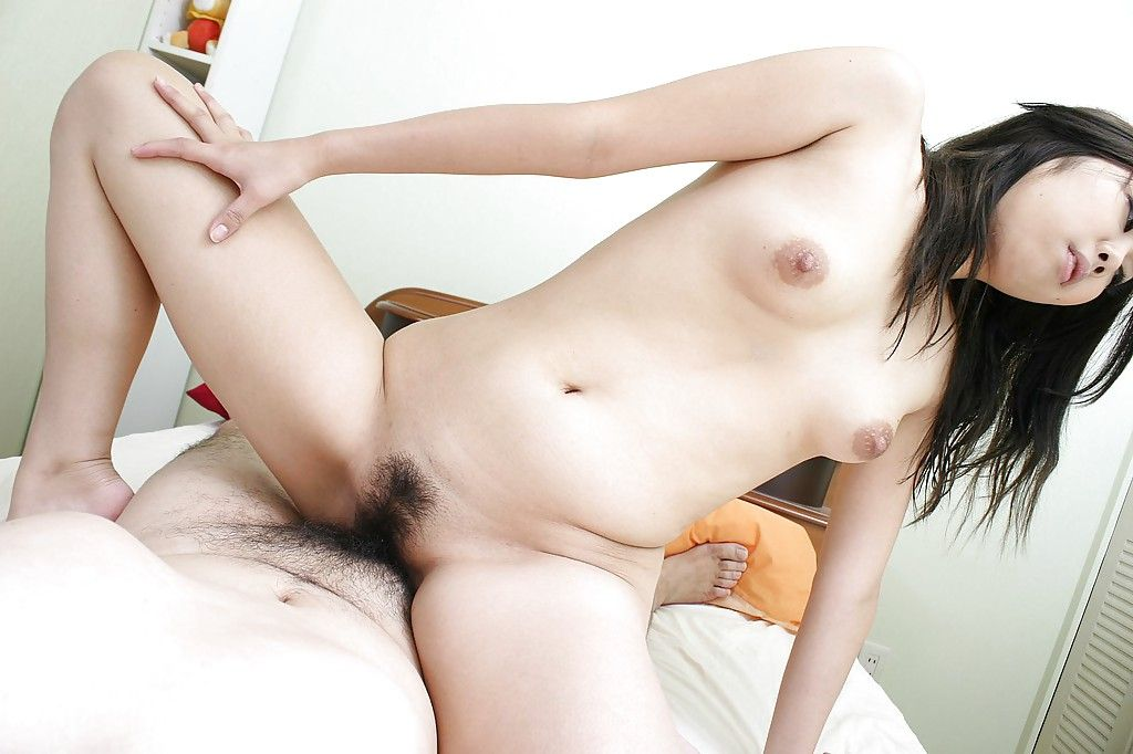 Young Chinese doxy gives enthusiast and obtains her gradual love-cage slammed burdensome
