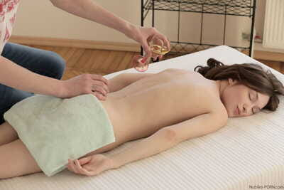 Miniscule tit Julie Vee receives her wet crack fingered and rammed by her ache masseur