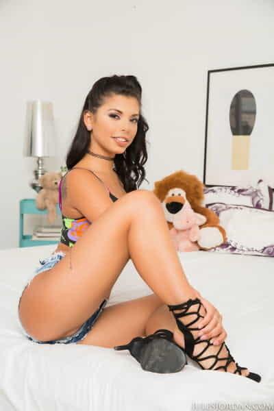Charming Latin cutie model Gina Valentina licks colossal dick & obtains bonked sandwich between her teddies